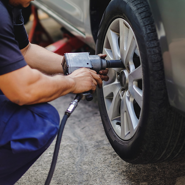 AHD Gebrauchtwagen Reifenwechsel